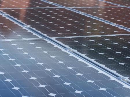 solar-modules-roof-spain-2009